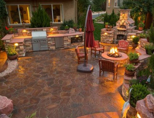 Kick off the Summer with an Outdoor Kitchen
